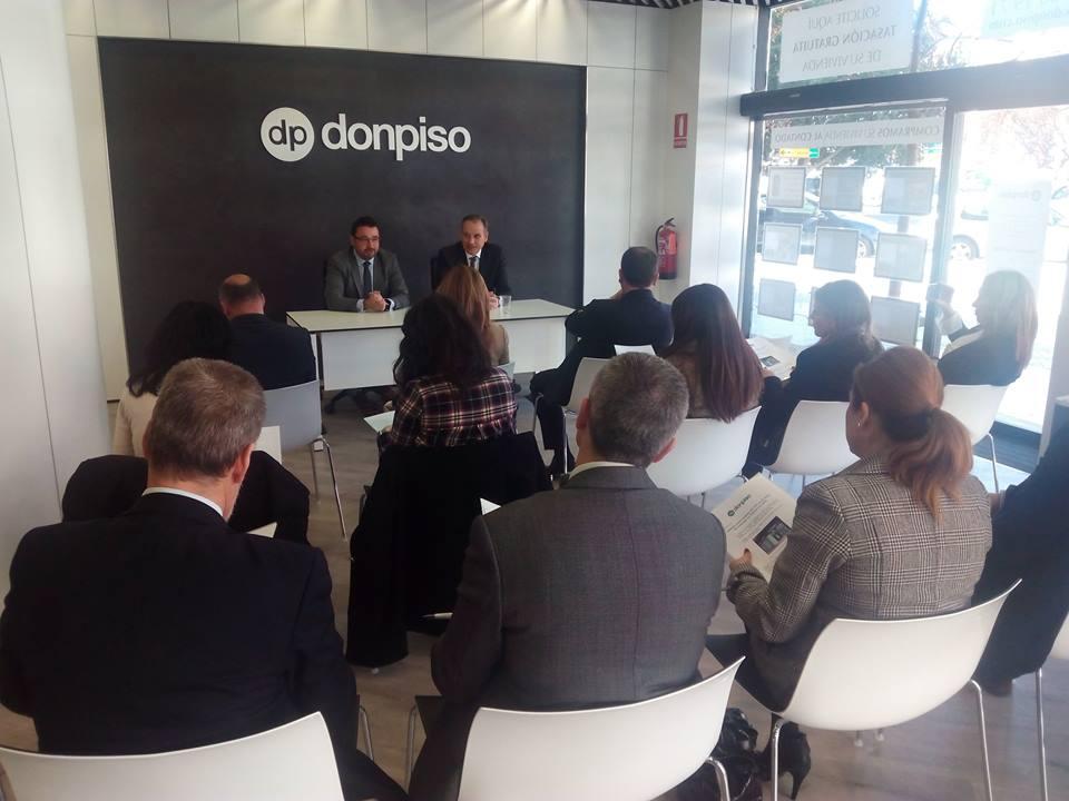 Don piso abrir hasta diez oficinas en la comunitat valenciana for Oficinas don piso barcelona