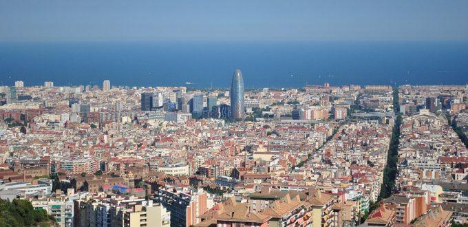 barcelona-1457318_960_720