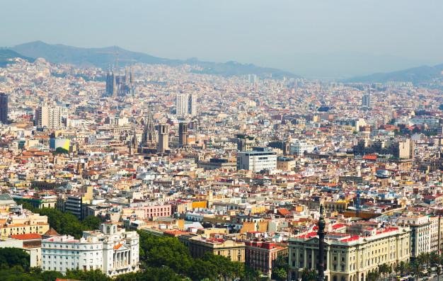 vista-aerea-barrios-antiguos-barcelona_1398-4650
