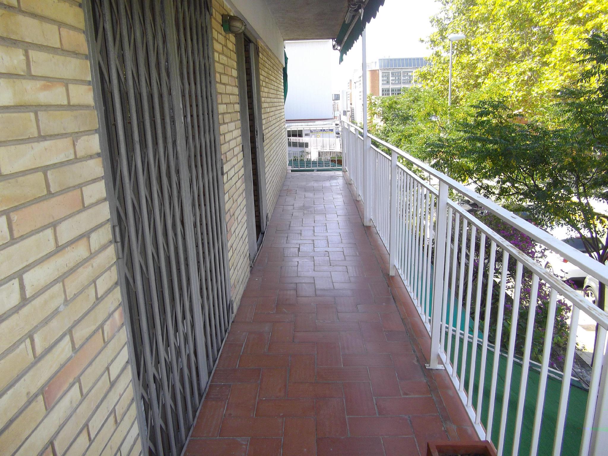 127023 - Zona El Gall, pr�ximo a Plaza Sardana