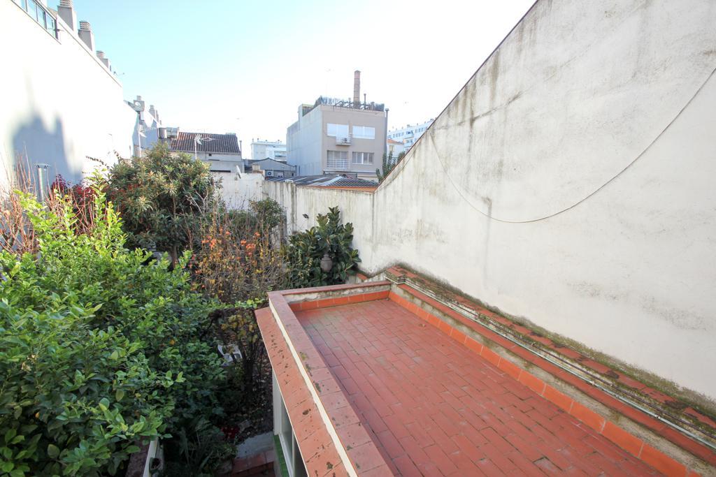 Imagen 2 Casa en venta en Sabadell / En La Rambla de Sabadell Junto a Cines Imperial