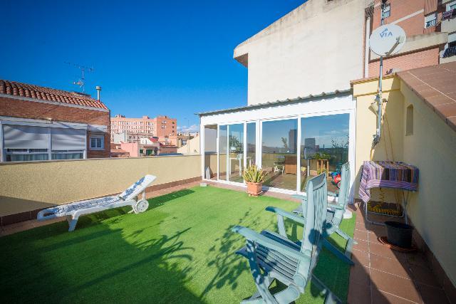 Imagen 1 Inmueble 171955 - Casa Adosada en venta en Sabadell / Junto Centre Atenció Primaria Creu Alta