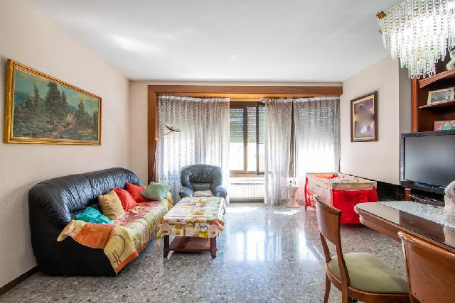Imagen 1 Inmueble 193470 - Casa en venta en Sabadell / Junto al Cap de Salut Creu de Barbera y Plaza Castelao