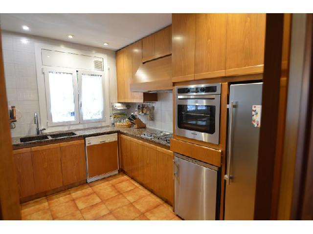 Imagen 1 Inmueble 226249 - Casa en venta en Sabadell / Junto Mercat Central