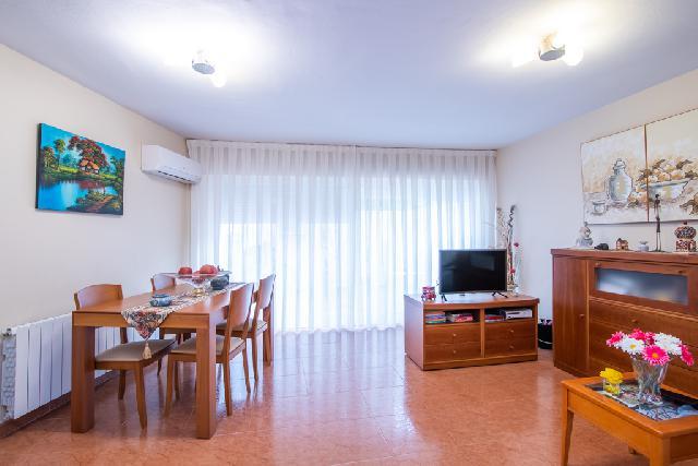 Imagen 1 Inmueble 241081 - Dúplex en venta en Sabadell / Edificio Habitat 2000 en Av. Barberà al lado de Caprabo