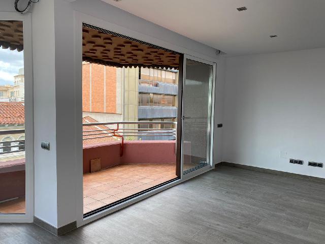 Imagen 1 Inmueble 241676 - Piso en alquiler en Sabadell / Junto Ayuntament