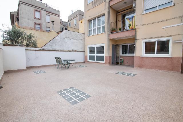 Imagen 1 Inmueble 244368 - Piso en venta en Sabadell / Junto al Mercat Central