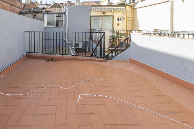 Imagen 1 Inmueble 244525 - Planta Baja en venta en Sabadell / Centro. Junto Calle Duran i Sors