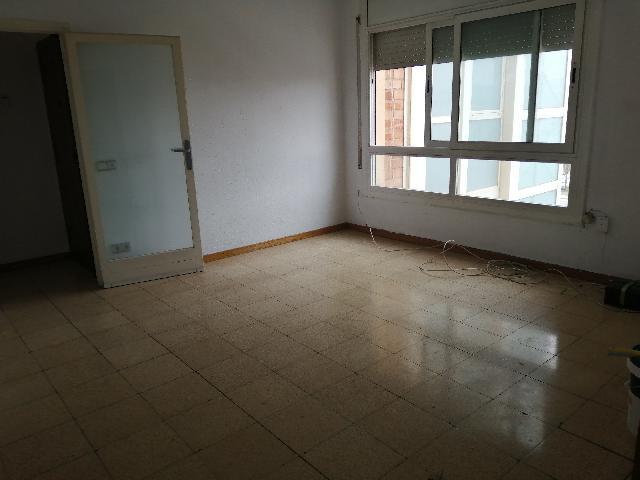 Imagen 1 Inmueble 244653 - Piso en venta en Sabadell / Junto Renfe Sud