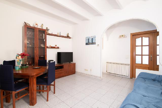 Imagen 1 Inmueble 245673 - Piso en venta en Sabadell / Avinguda Barberà junto al mercadona