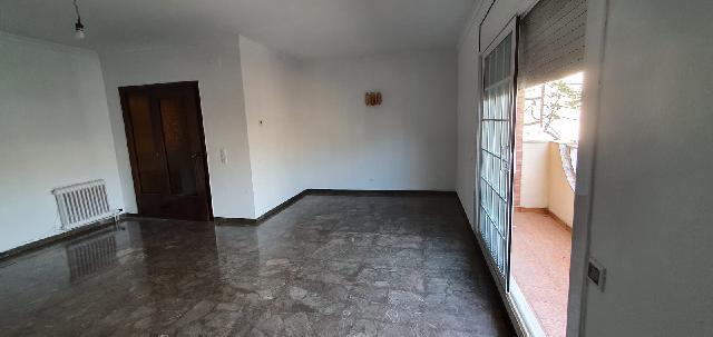 Imagen 1 Inmueble 245789 - Piso en venta en Sabadell / Creu Alta junto a estación FGC