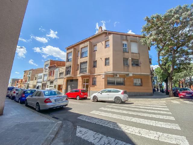Imagen 1 Inmueble 247772 - Dúplex en venta en Sabadell / Eixemple molt a prop del C/ Lepant