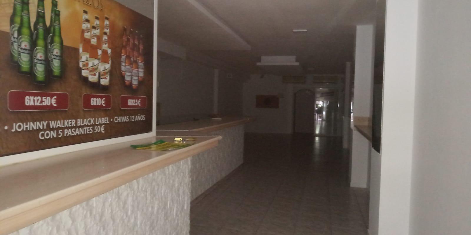 Imagen 2 Local Comercial en venta en Sabadell / A 30 metros de la Avda. Matadepera