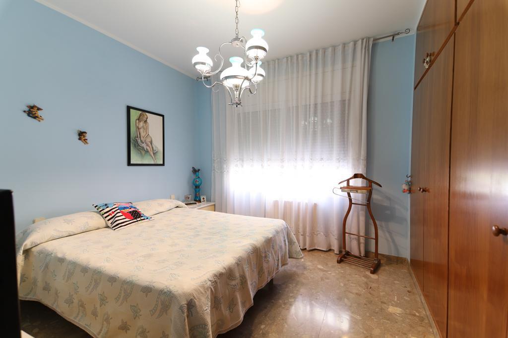 Imagen 1 Casa en venta en Barberà Del Vallès / Barri Eixample - Can Llobet muy cerca del mercado.