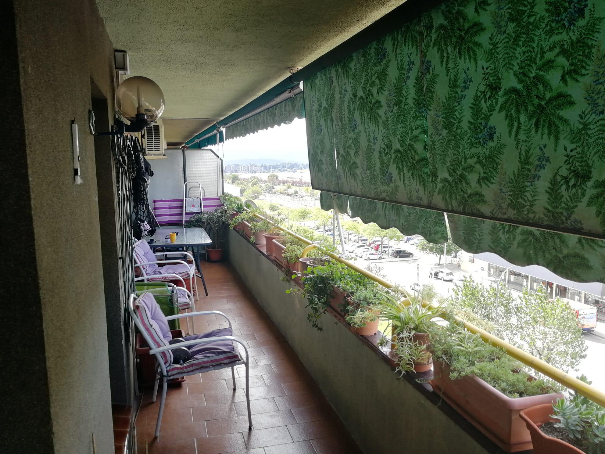 Imagen 1 Piso en venta en Sabadell / Junto a estación Renfe Sabadell Sud