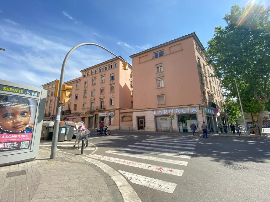 Imagen 4 Piso en venta en Sabadell / Junto a Pl. Creu de Barberà