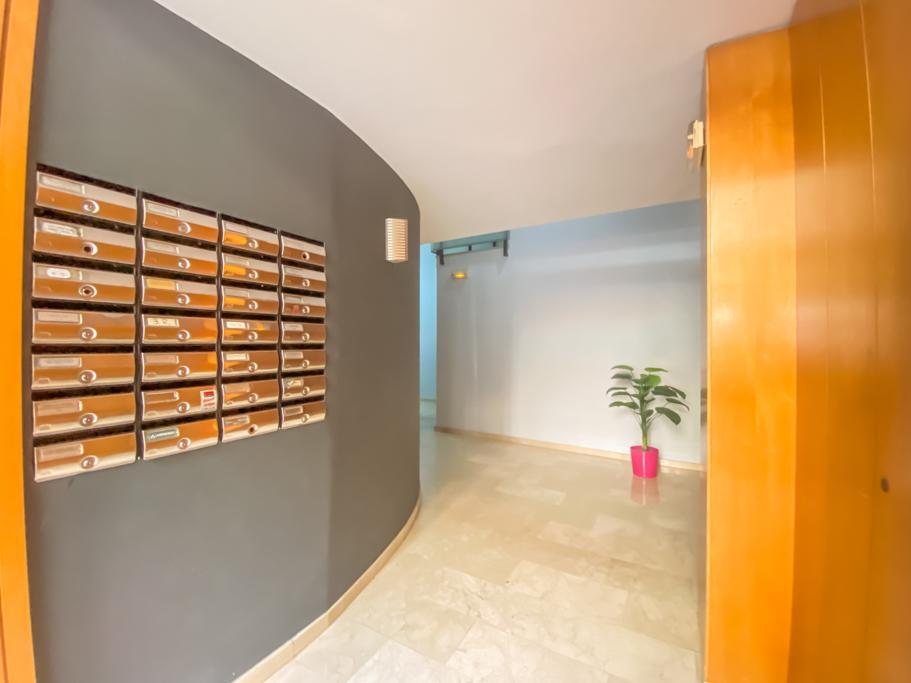Imagen 1 Piso en venta en Sabadell / A 5 minutos de la Rambla de Sabadell