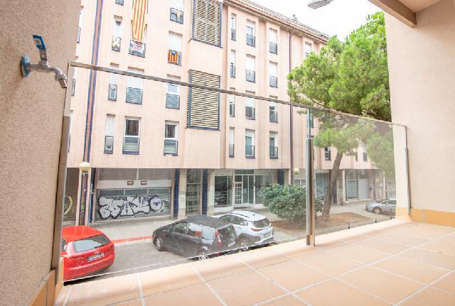 Imagen 1 Inmueble 252167 - Piso en venta en Sabadell / C/ Pare Sallares esquina C/ Corominas