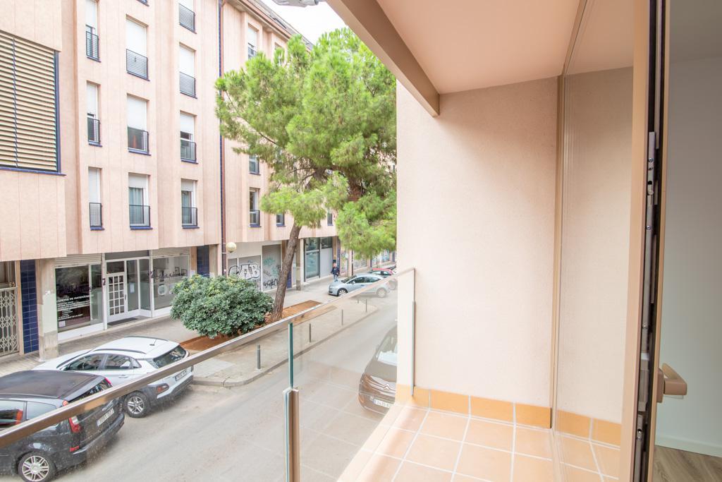 Imagen 4 Piso en venta en Sabadell / C/ Pare Sallares esquina C/ Corominas