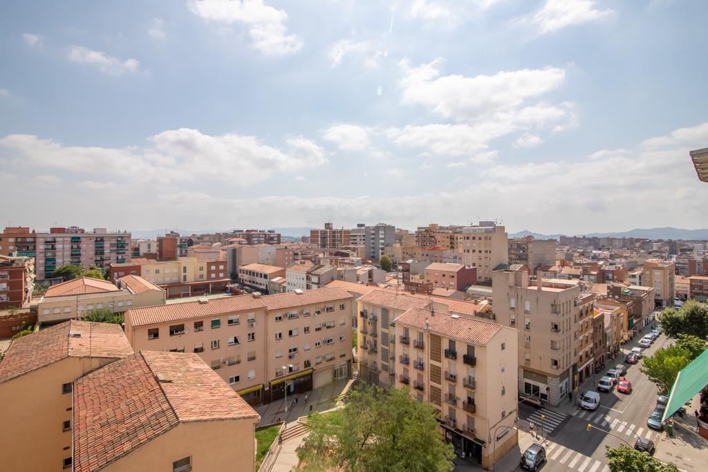 Imagen 1 Piso en venta en Sabadell / Junto Pº Comerç