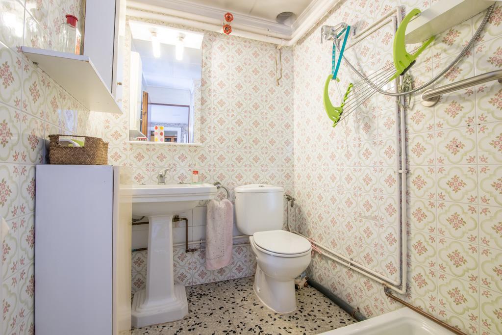 Imagen 4 Casa Adosada en venta en Sabadell / A 2 minuto de Avda.Barbera