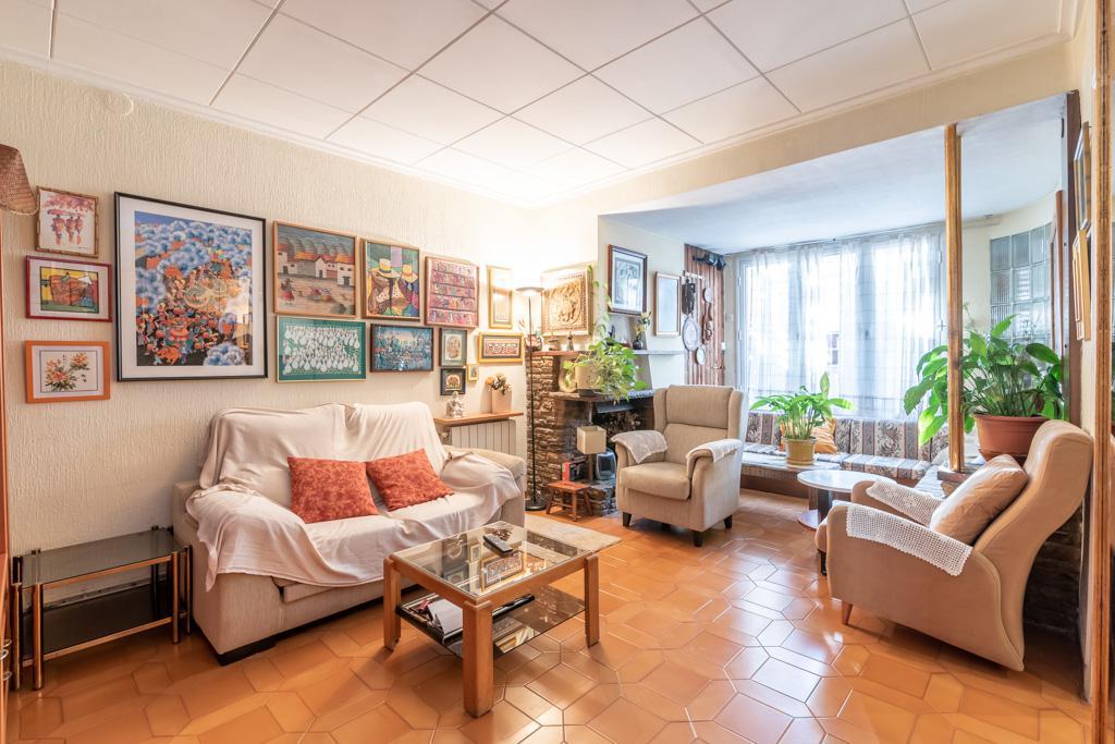Imagen 1 Casa Adosada en venta en Sabadell / A 2 minuto de Avda.Barbera