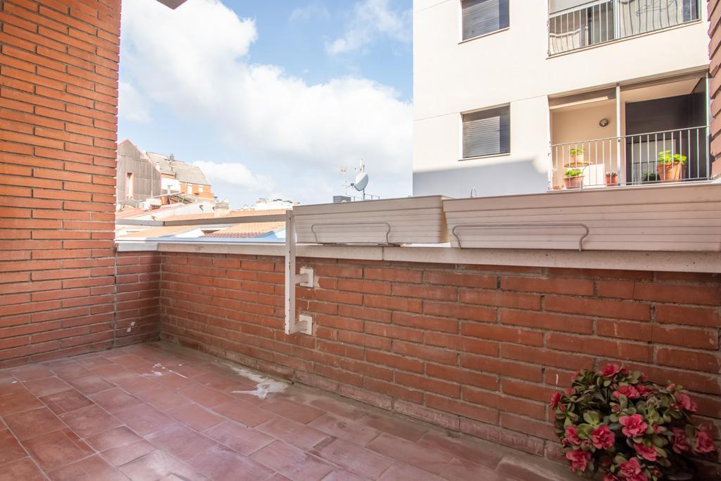 Imagen 4 Piso en venta en Sabadell / Situado en plena Rambla esquina C/ Cervantes