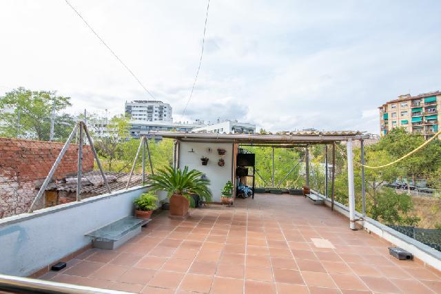 Imagen 1 Inmueble 253145 - Casa en venta en Sabadell / Junto a la Carretera de Barcelona