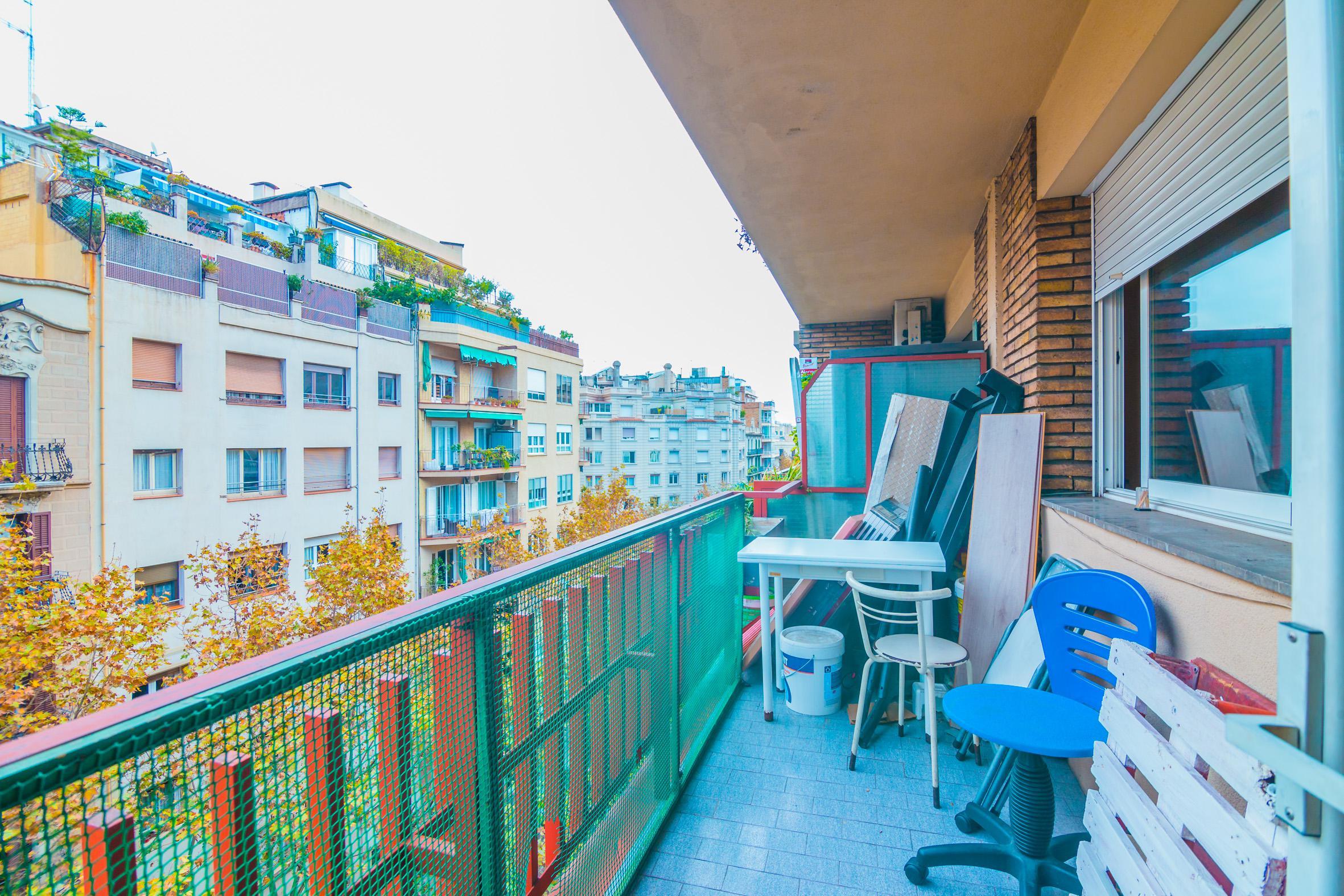 Imagen 2 Piso en venta en Barcelona / Junto calle Mallorca