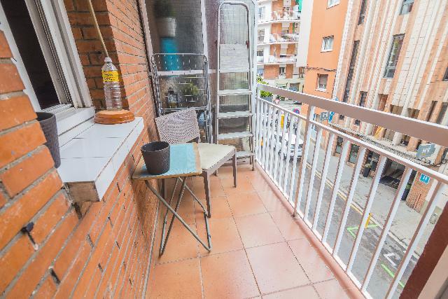 Imagen 1 Inmueble 247294 - Piso en venta en Barcelona / Cabanes - Piquer