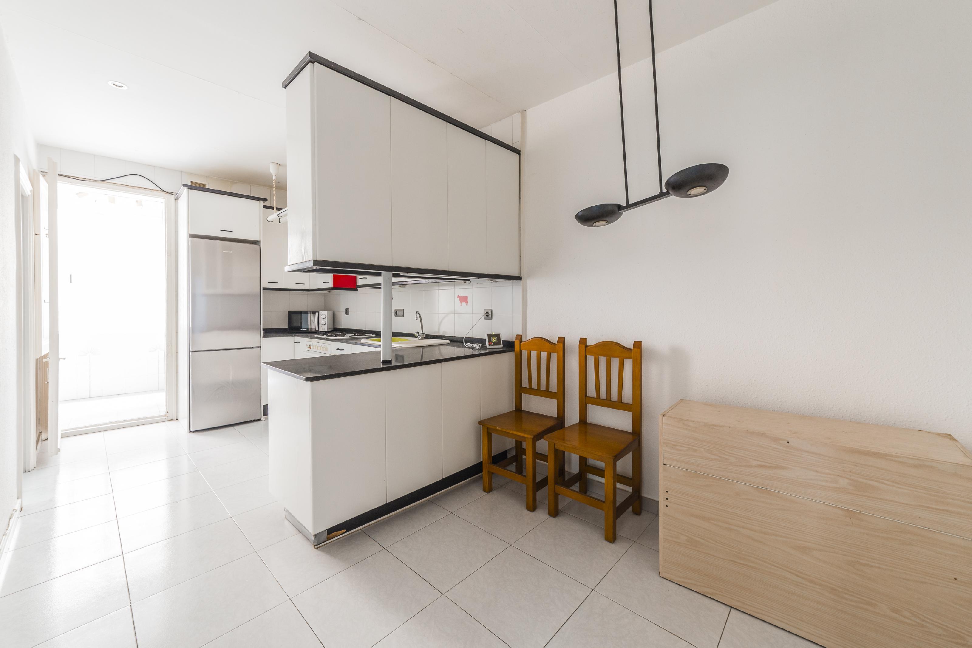 Imagen 3 Piso en venta en Barcelona / Vallespir - Valladolid