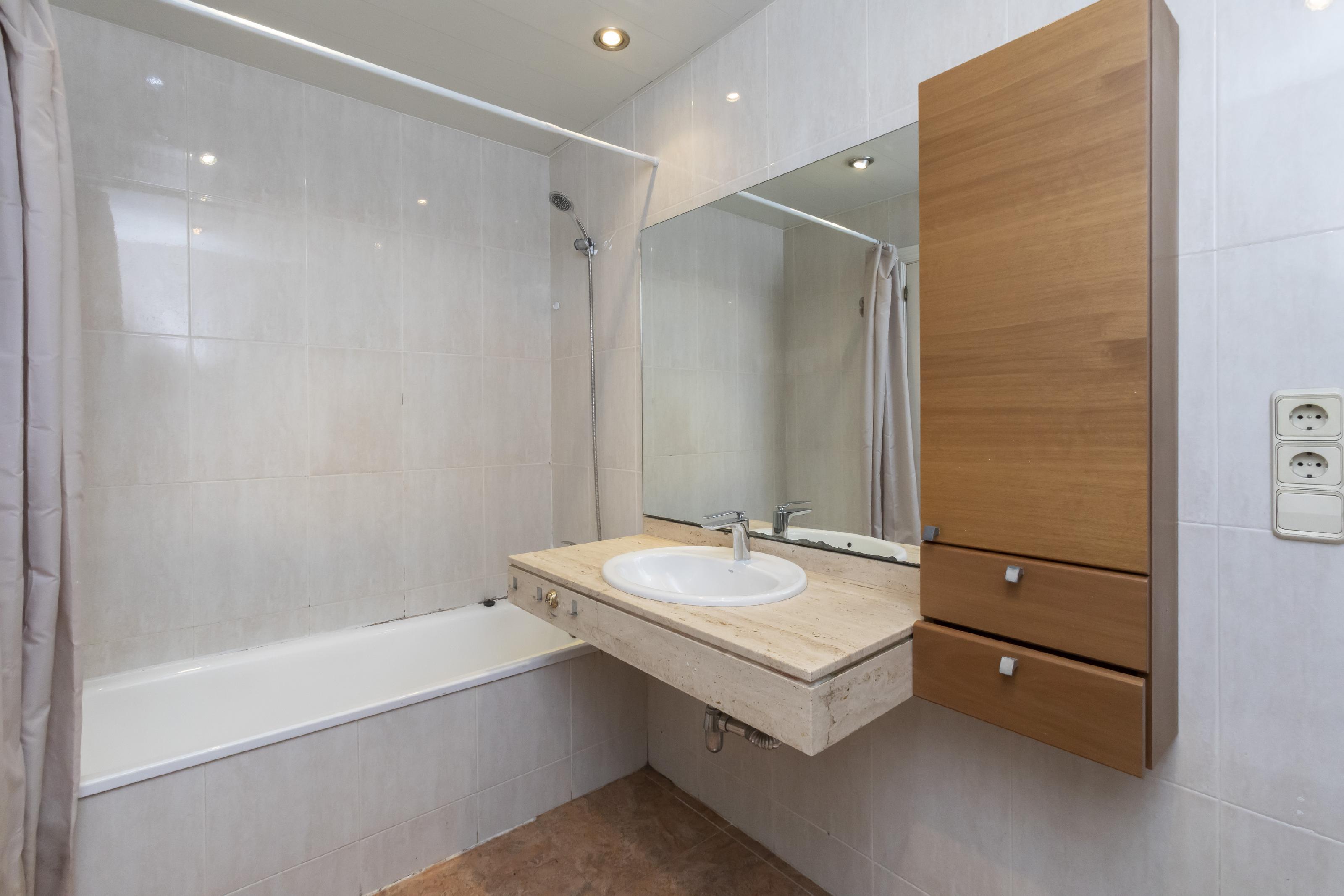 Imagen 4 Piso en venta en Barcelona / Loreto- Avda. Sarria-diagonal