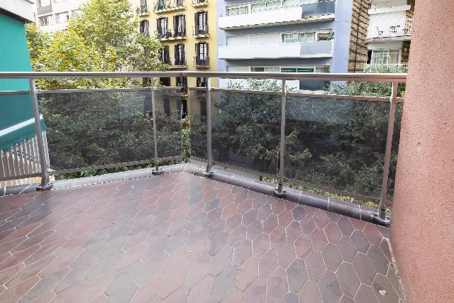 Imagen 1 Inmueble 254168 - Piso en venta en Barcelona / Rosselló - Compte Borrell