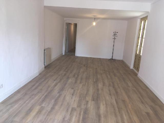 Imagen 1 Inmueble 241408 - Piso en alquiler en Girona / Molt centric, al costat de l´Ajuntament de Girona