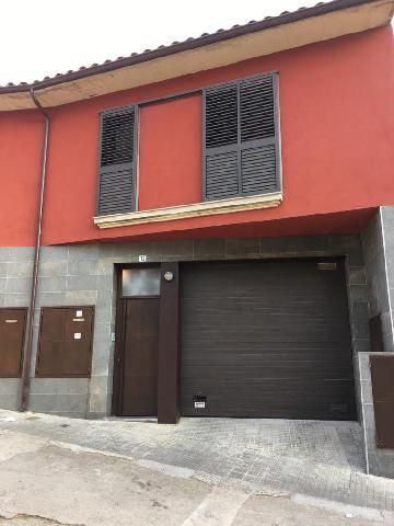 Imagen 1 Inmueble 241452 - Casa Adosada en alquiler en Girona / Casa al Barri Vell de Girona.