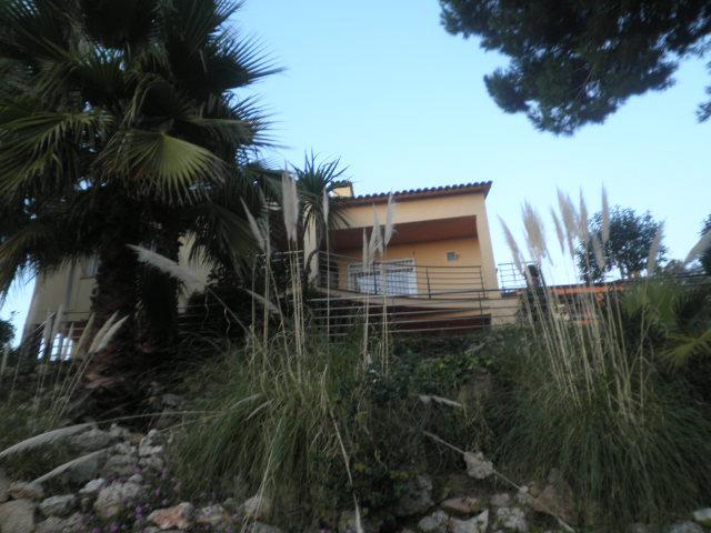 Imagen 1 Inmueble 241886 - Casa Aislada en venta en Lloret De Mar / Urbanitzacio Canyelles de Lloret de Mar
