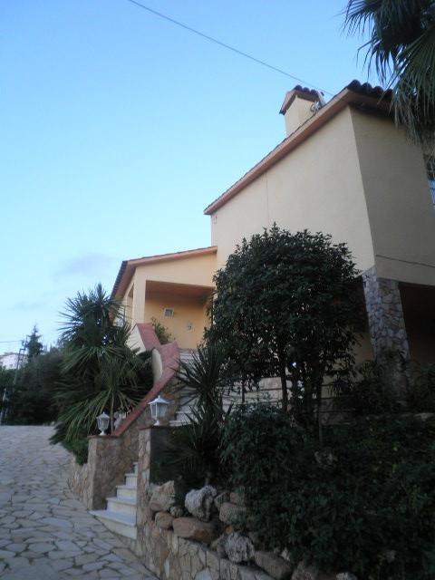 Imagen 4 Casa Aislada en venta en Lloret De Mar / Urbanitzacio Canyelles de Lloret de Mar