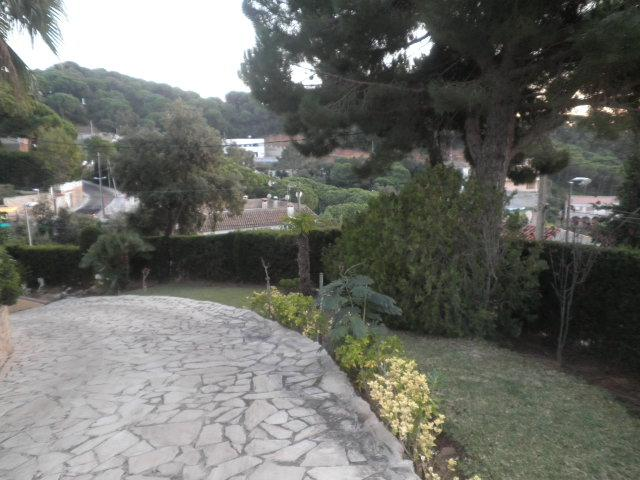 Imagen 2 Casa Aislada en venta en Lloret De Mar / Urbanitzacio Canyelles de Lloret de Mar