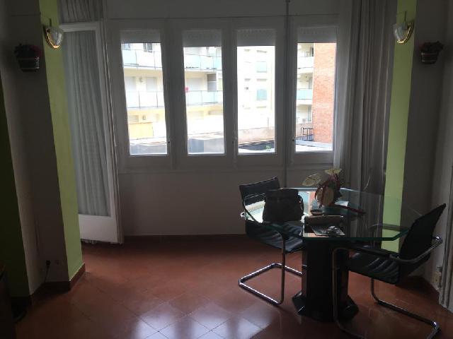 Imagen 1 Inmueble 242672 - Piso en venta en Girona / Pis de 4 habitacions a 1 minut de l´Estació.