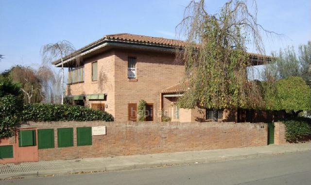 Imagen 1 Inmueble 242841 - Casa Aislada en venta en Girona / Xalet a la zona residencial de Palau - Girona.