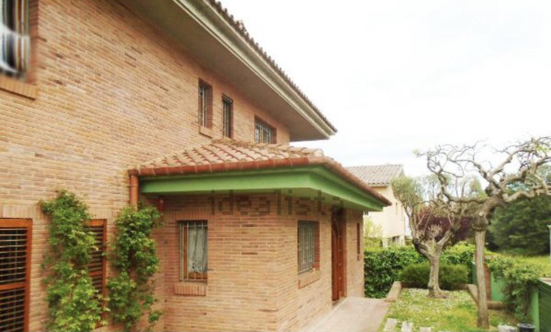 Imagen 2 Casa Aislada en venta en Girona / Xalet a la zona residencial de Palau - Girona.