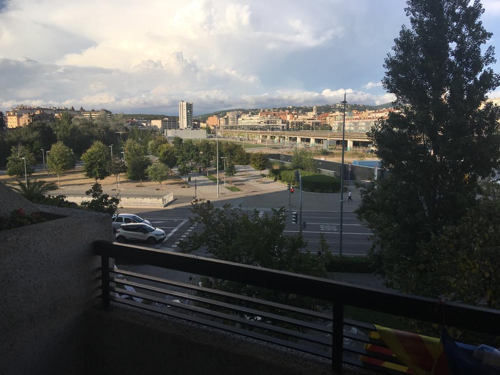 Imagen 3 Piso en venta en Girona / Pis de 4 habitacions amb vistes a Parc Central
