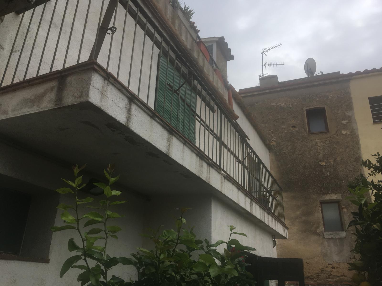 Imagen 2 Casa en venta en Calonge / Casa de poble de 350m2 al centre del poble de Calonge.