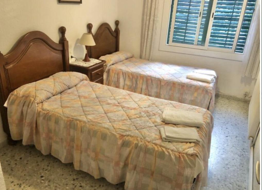 Imagen 3 Piso en alquiler en Girona / Pis amb parking de 3 habitacions dobles a Barri Vell.