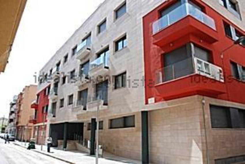 Imagen 2 Parking Coche en venta en Girona / Parking gran al costat del Pavello de Santa Eugenia.