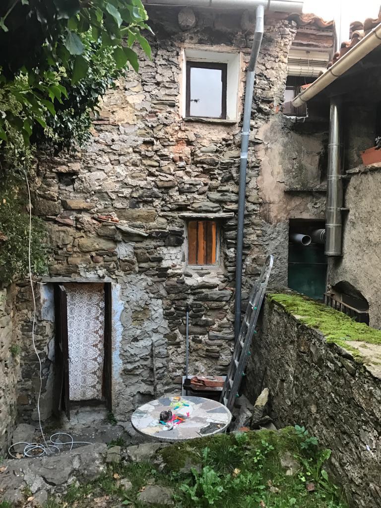 Imagen 1 Casa Rústica en alquiler en Vallfogona De Ripollès / Casa de poble al costat de l´Ajuntame...