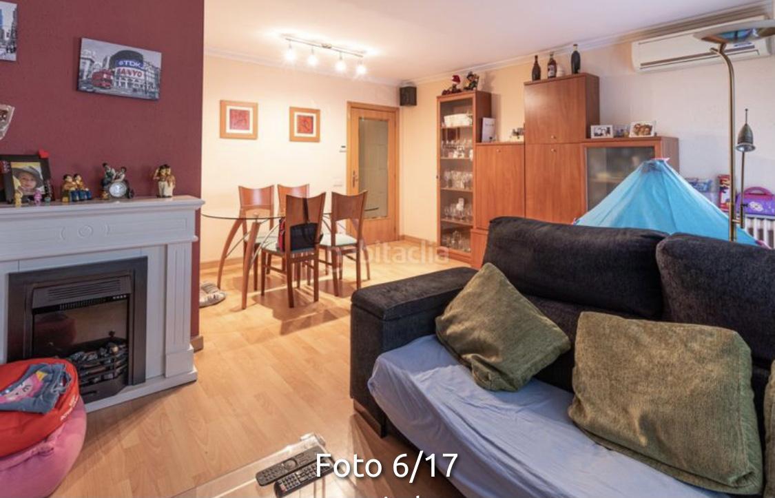 Imagen 1 Piso en venta en Girona / Pis de136m2 amb terrassa al costat del Bell-lloc