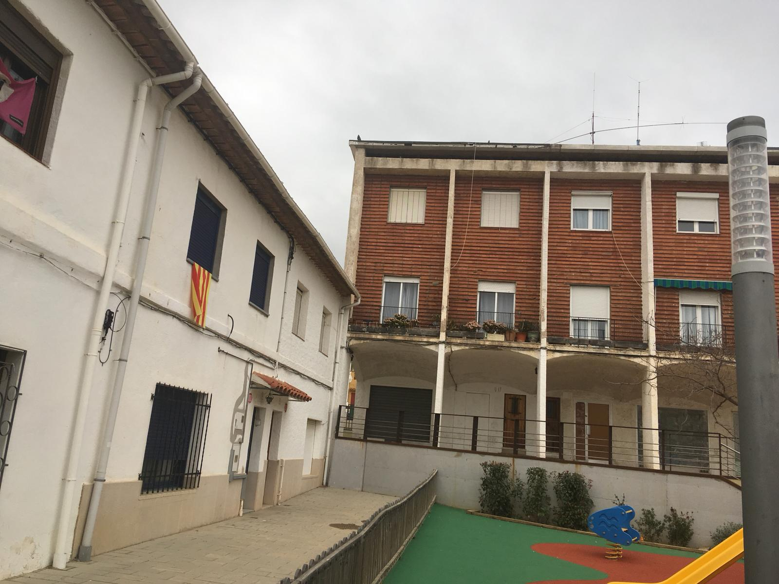 Imagen 1 Casa Adosada en venta en Palamós / Casa de 4 habitacions al costat de Hospital de Palamos