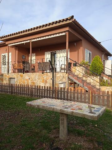 Imagen 1 Inmueble 248585 - Casa Aislada en venta en Caldes De Malavella / Casa independent situada a l´Urbanitzacio C...