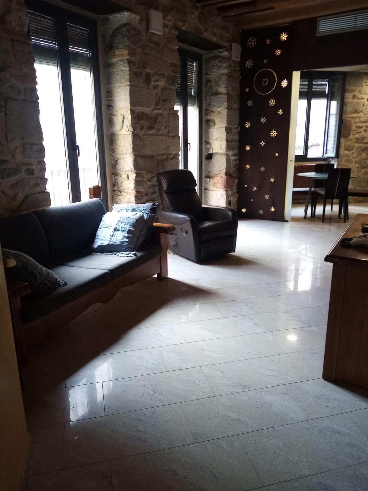 Imagen 2 Piso en alquiler en Girona / Fantastic pis  al costat de la Catedral de Girona.